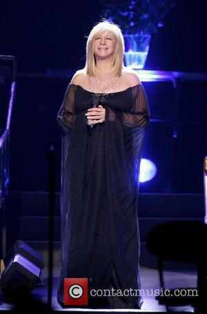 Streisand Delivers Foul-mouthed Response To Heckler