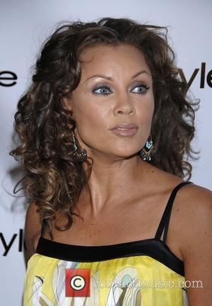 Vanessa Williams Bebe and InStyle Magazine - Arrivals Beverly Hills, California - 06.02.08