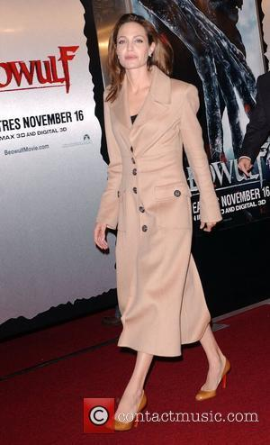 Jolie And Pitt Spend Thanksgiving In Vietnam