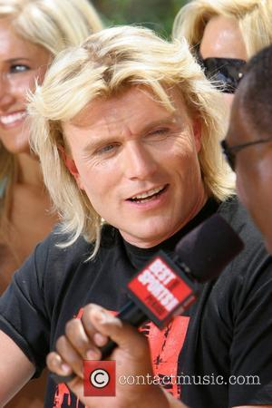 Hans Klok filming 'The Best Damn Sports Show Period' at Hooters Hotel and Casino Las Vegas, Nevada - 13.07.07