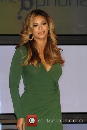Beyonce: 'I Had A Bra On'