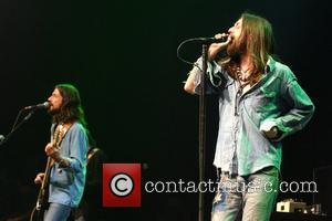 Black Crowes Reject Maxim Apology