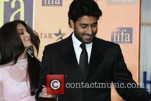 Aishwarya Bachchan and Abishek Bachchan IIFA Bollywood Awards at the Hallam Arena Sheffield, England - 09.06.07