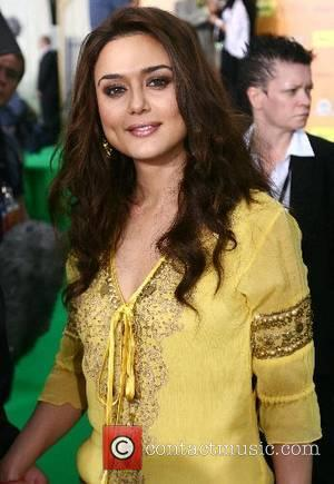 Preity Zinta IIFA Bollywood Awards at the Hallam Arena Sheffield, England - 09.06.07
