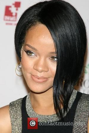 Links For Life Gala, Rihanna