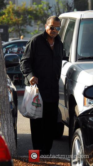 Billy Dee Williams shopping at Bristol Farms food store on Thanksgiving Day Beverly Hills, California - 22.11.07