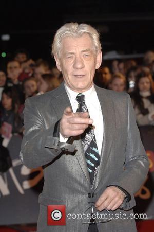 Mckellen Eager To Reprise Gandalf Role