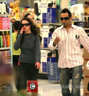 Britney: 'I've Beaten The Paparazzi'