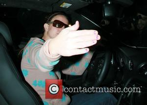 Britney Checks Into Spa For R 'N' R