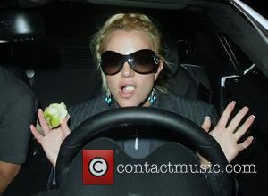Britney Spears eating an apple while house shopping in Brentwood Los Angeles, California - 05.12.07
