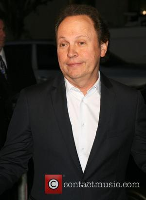 Billy Crystal To Celebrate Birthday By Joining The Yankees