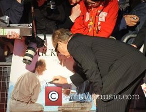 Paparazzo Apologises To Nicholson