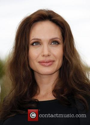 Jolie Endorsed By Journalist's Widow