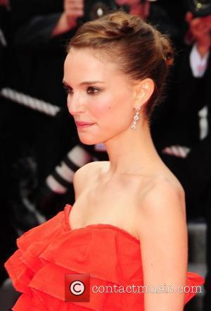Portman Slams Hollywood's Fashion Obsession