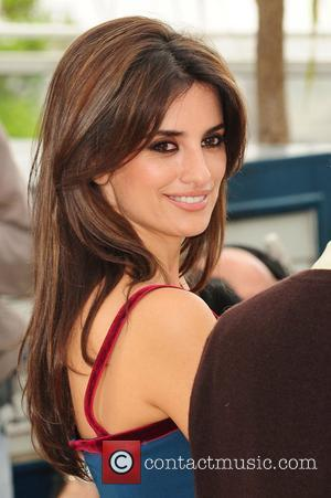 Penelope Cruz Hair, Long Hairstyle 2011, Hairstyle 2011, New Long Hairstyle 2011, Celebrity Long Hairstyles 2281