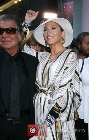 Jennifer Lopez, Roberto Cavalli
