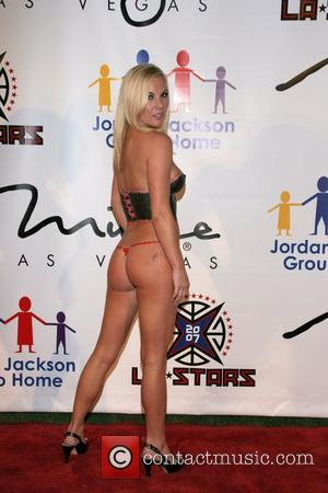 Jana Yearwood wearing body paint The Sports Dream Celebrity Poker Tournament at the Playboy Mansion Los Angeles, California - 10.07.07