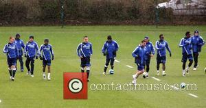 Steve Sidwell, Ashley Cole, Frank Lampard, John Terry, Michael Essien, Shaun Wright-phillips and Wayne Bridge