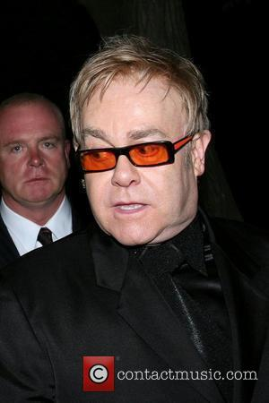 Elton: 'Winehouse Is A Great Performer'