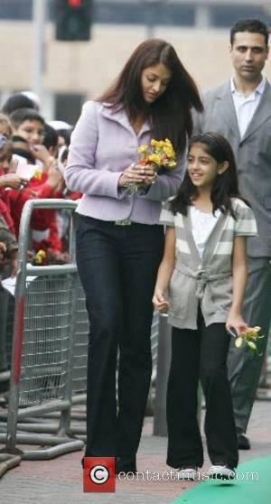 Aishwarya Bachchan arrives at Cineworld to watch the showcase of a panorama of Indian films Bradford, England - 08.06.07