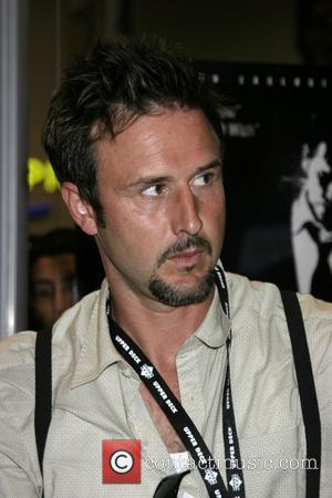 Arquette Shaves Movie Title Into His Hair