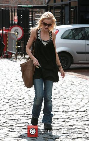 British Actress Debra Stephenson Has Baby Girl