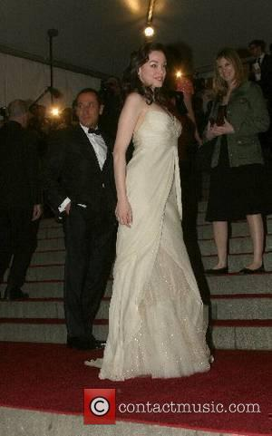 Rose McGowan, Metropolitan Museum Of Art