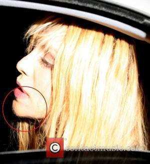 Courtney Love Praises Sheared Spears
