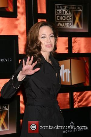 Jolie's Mother Bertrand Dies