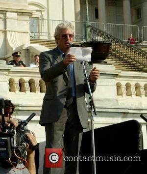 Gere Urges Germany To Press China On Human Rights