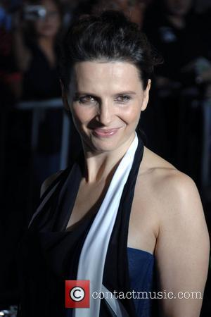 Shakespeare Made Christmas Special For Poor Binoche