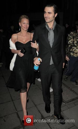 Natasha Henstridge and Laurence Olivier