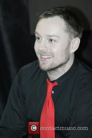 Darren Hayes makes an in-store appearance at Hum Records Sydney, Australia - 04.08.07.