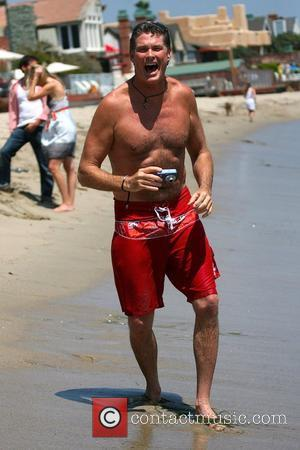 Hasselhoff Dismisses Claims He's Still Drinking