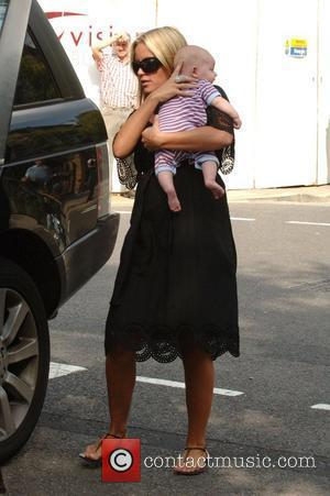 Davinia Taylor leaving her house with her baby son Grey London, England - 13.09.07
