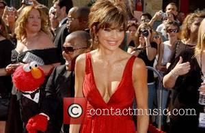 Elmo and Lisa Rinna 34th Annual Daytime Emmy Awards - Arrivals held at Kodak Theatre Hollywood, California - 15.06.07