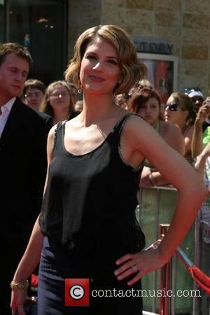 Megan Ward 34th Annual Daytime Emmy Awards - Arrivals held at Kodak Theatre Hollywood, California - 15.06.07