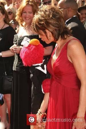 Elmo and Lisa Rinna 34th Annual Daytime Emmy Awards - Arrivals held at Kodak Theatre Hollywood, California USA - 15.06.07