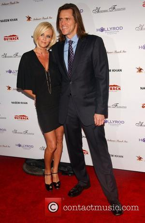 Jenny McCarthy and Jim Carrey Design Care 2007 held at the Home of Tammy and Eric Gustavson - Arrivals Malibu,...