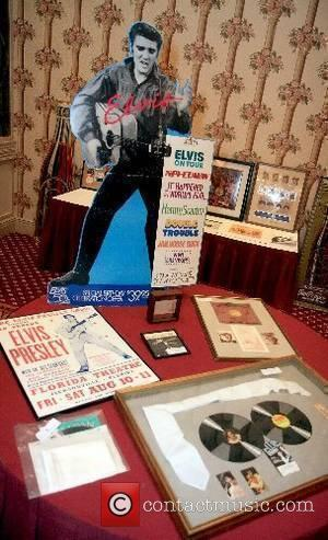 Elvis Presley, The Rock 'n' Roll Celebrity Memorabilia Fame Bureau Auction