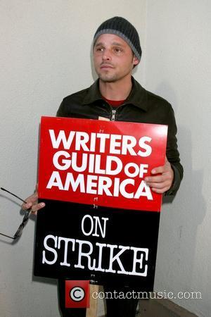 Justin Chambers Writers Guild of America on strike outside Paramount Studios Los Angeles, Calfornia - 12.12.07