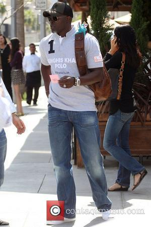 'Blood Diamond' star Djimon Hounsou have a business meeting with his agent in Beverly Hills Los Angeles, California - 23.04.08