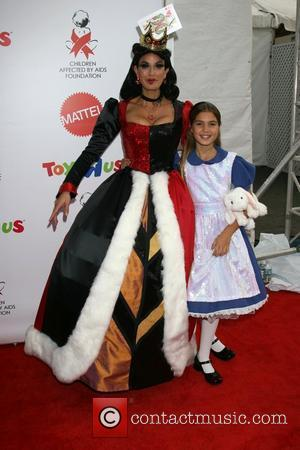 Teri Hatcher and Emmerson Tenney (daughter)