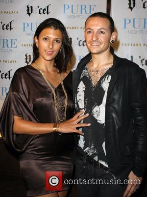 Chester Bennington and guest attend fashion centre stage event at Pure Nightclub, Caesars Palace, Las Vegas Nevada, USA - 27.08.07
