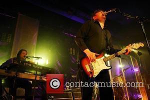 Elbow performing live at Leeds Metropolitan University Leeds, England - 06.04.08
