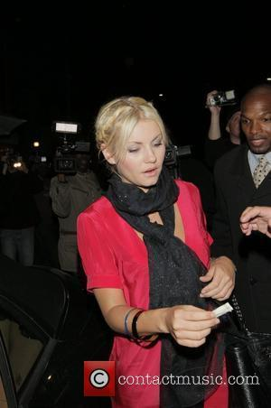 Elisha Cuthbert leaves Mr Chow's restaurant with friends Los Angeles, California - 27.05.08