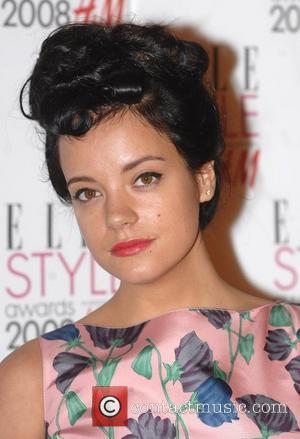Lily Allen Signs Up To Be Lesbian Vampire