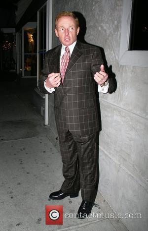 Elliot Mintz the press representative to the stars leaving Villa Lounge in a checkered suit Los Angeles, California - 03.04.08