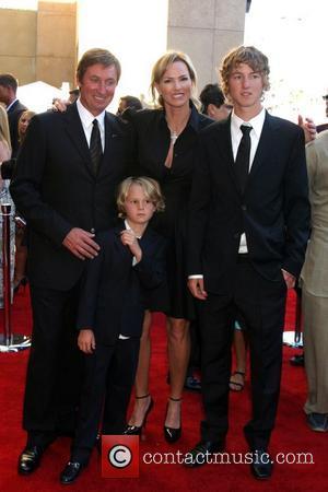 Wayne Gretzky, Janet Jones-Gretzky and family The 2007 ESPY Awards held at Kodak Theatre - Arrivals Hollywood, California - 11.07.07