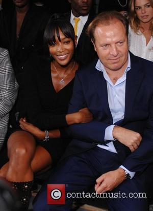 Campbell Wants Mandela Photo
